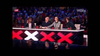Yetenek Sizsiniz'de 4 Çarpı Alan Yarışmacı Jüri Üyelerini Pişman Etti