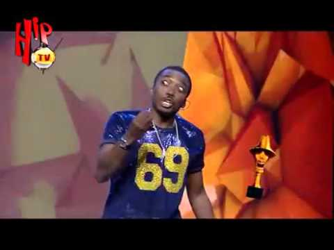 THE HEADIES 2015 MOMENTS BOVI JOKES ABOUT BEEFS IN 2015 (Nigerian Comedy)