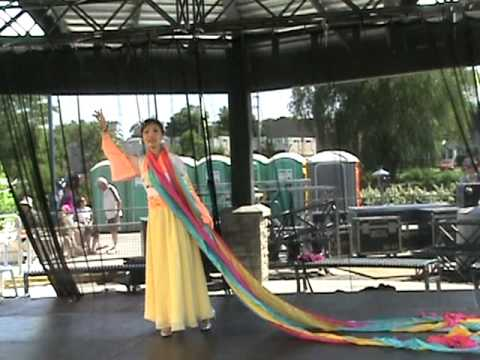 Mississauga-Waterfront-Festival-2011-by-KCPA-Kaleidoscope-Chinese-Performing-Arts-Society-2.mpg