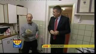 GMTV - The world's biggest tosser (of pancakes) (05.02.08)