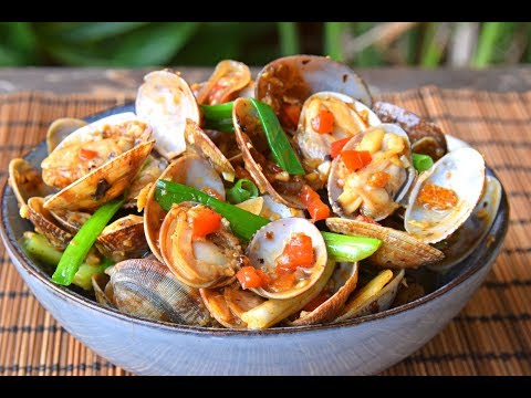 Stir Fried Clams – Cantonese-style with Garlic and Fermented Black Soybeans