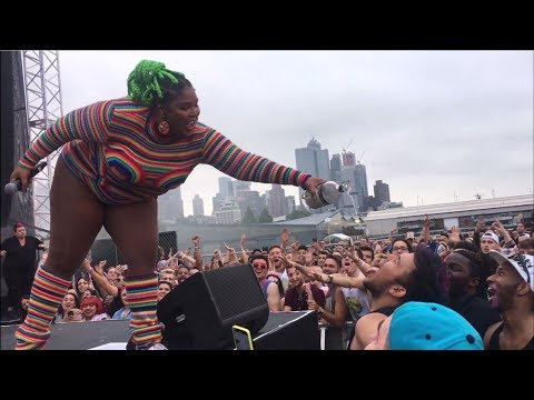 Lizzo LIVE @ New York Gay Pride 2018 🌈
