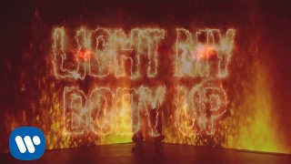 David Guetta feat Nicki Minaj & Lil Wayne - Light My Body Up (Lyric Video)