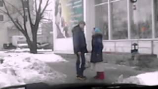 Жесть !!! Цыганка разводит парня на деньги г.Ярославль пр-т Фрунзе