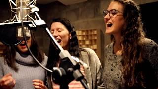 Video Zkusmeto ft. Andrea Ája Horská- Za oponou (Official Video)