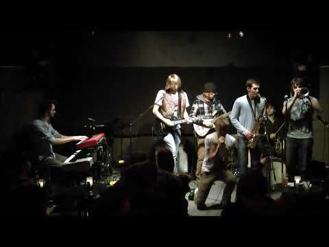 The Kronic Groove Band - Funky Island [Beat Niq, 2010-11-20]