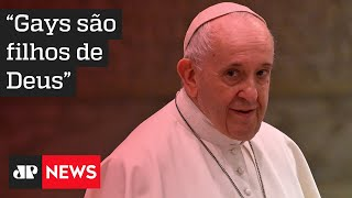 Papa Francisco defende leis de união civil para casais do mesmo sexo