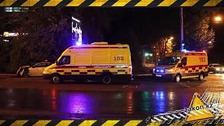 Три автомобиля столкнулись в Алматы, пострадали шесть человек