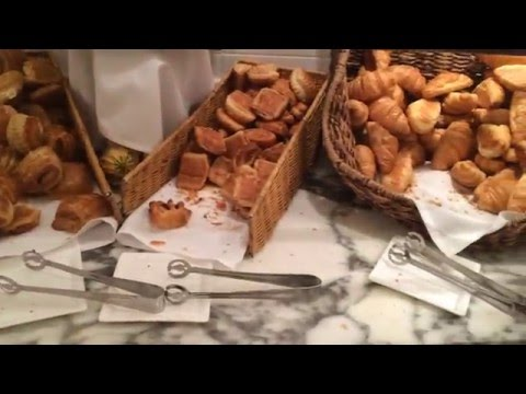 Video Crowne Plaza Times Square NYC Breakfast Buffet