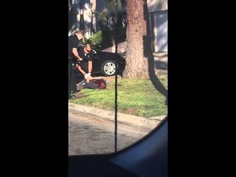 بالفيديو.. الشرطة الأمريكية تطلق النار على رجل بسبب