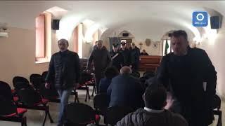 consiglio-comunale-a-montemiletto-arrivano-i-carabinieri