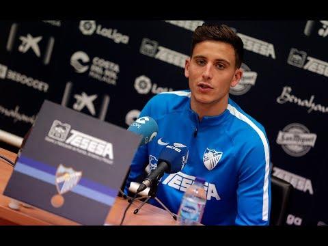 Pau Torres llama a los jugadores del Málaga a exigirse más