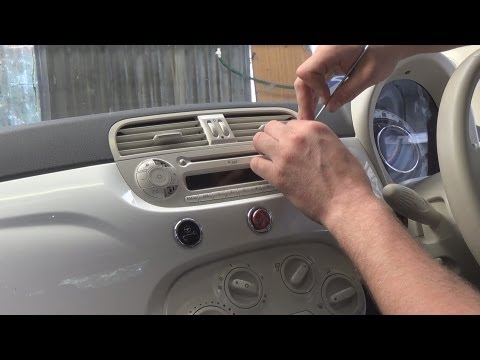 Radio Removal Fiat 500 (2007-2013) | JustAudioTips