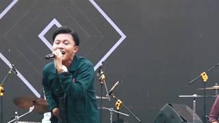 Rizky Febian    Berpisah Itu Mudah  || Live Perpisahan Smkn 1 Garut 2019
