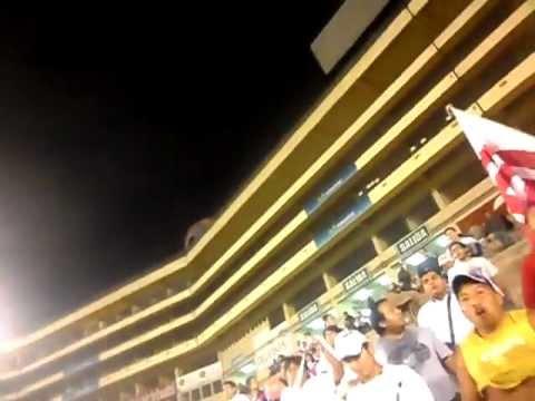 """""""La Banda En El Gallinero 2"""" Barra: La Banda del Basurero • Club: Deportivo Municipal"""