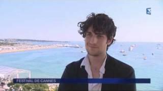 """FESTIVAL DE CANNES 2011, les interviews - Louis Garrel pour le film """"Les bien-aimés"""""""