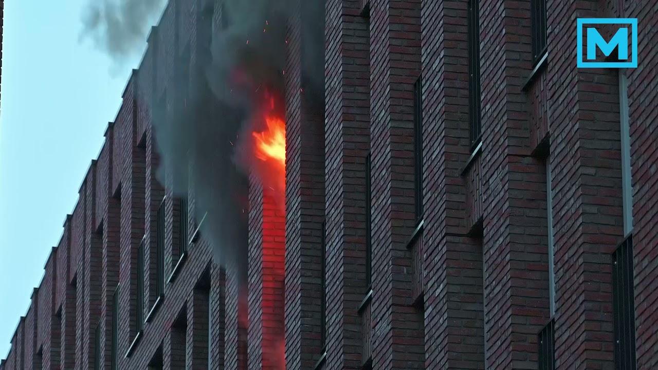 Uitslaande brand in appartementencomplex in Breda