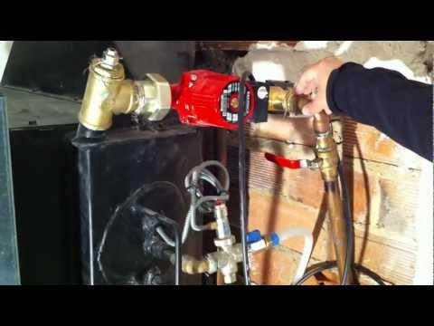 Instalación chimenea leña recuperadora | Biomasacaldera.es