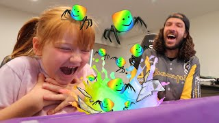 MAGiC ROBLOX POTiON 🧪 Making Fairy & Spider Transformation Potions with Dad! Adley App Review pt 1