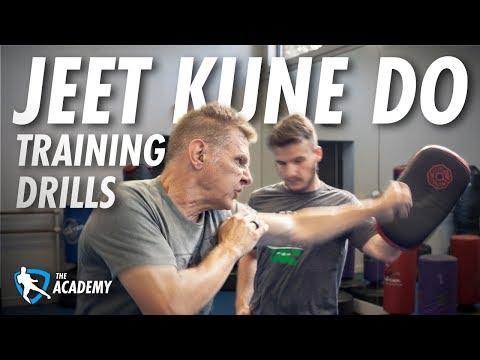 Jeet Kune Do Training Drills - Bruce Lee's Lead Punch - YouTube