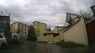 В Сочи КАМАЗ-миксер врезался в легковой автомобиль