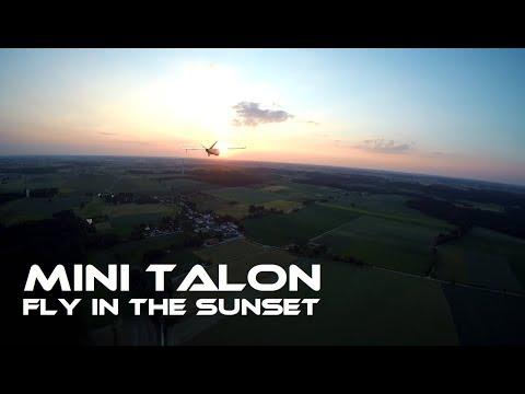mini-talon-fpvformation-in-the-sunset