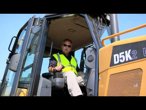 A review of the compact CAT Dozer range
