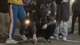Musik-Video-Miniaturansicht zu 1998 (mam to we krwi) Songtext von Bedoes & Lanek