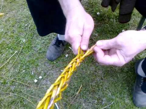 Pletení pomlázky od košíčku