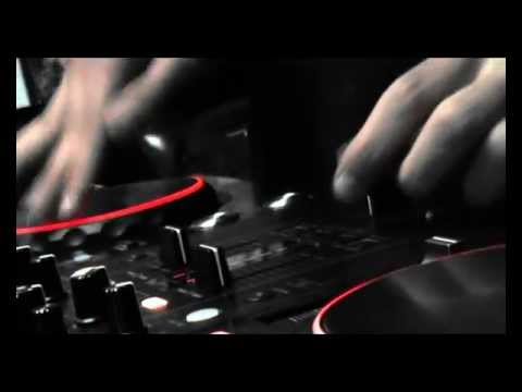 DDJ-S1 test with DJ Steve.wmv