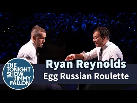 Egg Russian Roulette with Ryan Reynolds (видео)
