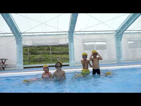 水中動画 プール水の中潜ったよ!南島原市若木保育園