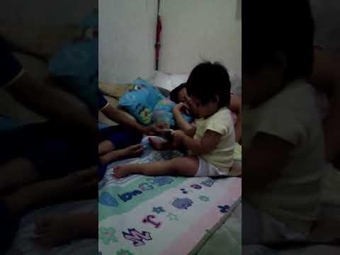 Ibu sexy main ituan dengan anak kecil