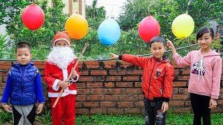 Trò Chơi Đập Bóng Nhận Quà Giáng Sinh Noel - Bé Nhím TV - Đồ Chơi Trẻ Em Thiêu Nhi