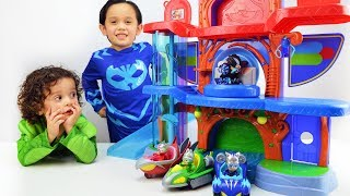 PJ Masks Catboy & Gekko in Costumes Playing With Headquarters Playset XLC Toys