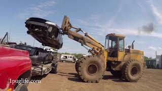 crushing and loading scrap cars