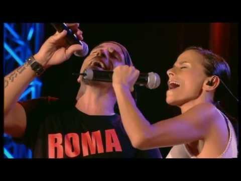, title : 'Eros Ramazzotti e Antonella Bucci - Amarti è l'immenso per me (Eros Roma Live)'