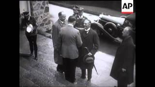 Mr Chamberlain In Munich   (1st Visit)