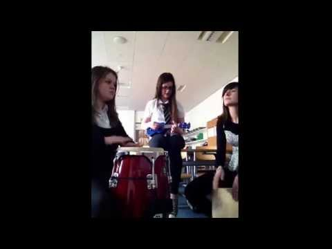 S4 Chloe and Megan - Mash-up of 'someone like you, cheerleader, riptide and price tag'