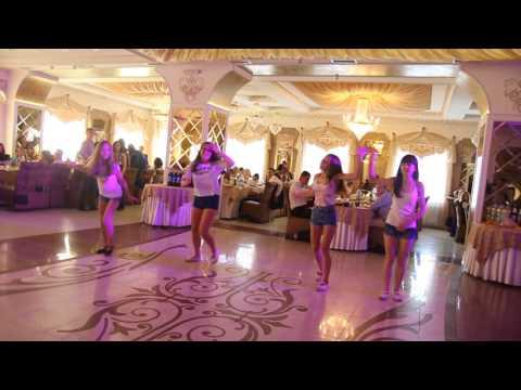 танец для мамы на день рождение