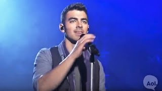 Joe Jonas :: Love Slayer [Live 2011]