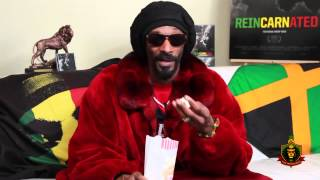 Theres a fun video of Snoop Dogg giving me a Munchie award