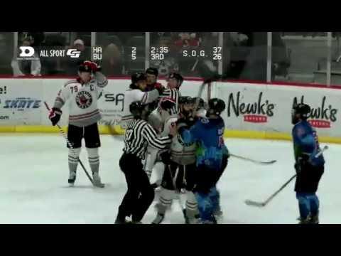 Mike Davis vs. Stephan Beauvais