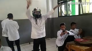 Helm Chalengge Goyang Ting Banting Ala Indra Susanto