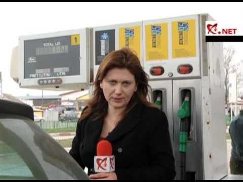 Im Wagen nach der Auftankung riecht nach dem Benzin