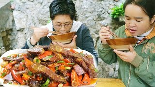 """Jiujiu made """"old bacon"""", Miao Sister's saliva was drained, put a handful of pepper, incense!"""