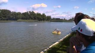 preview picture of video 'RC-Powerboat World Championship - final 3,5 ccm, Oroshaza, Hungary, 2010'