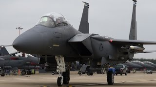 preview picture of video 'F-15E Strike Eagles taxiing for departure at RAF Lakenheath'