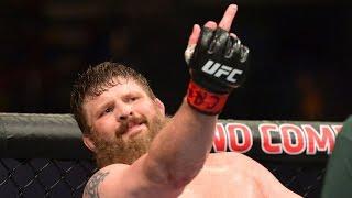 Боец UFC пнул рефери после боя, чемпиону UFC предложили спор на крупную сумму