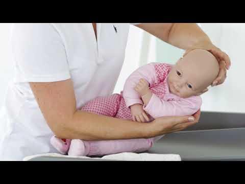 Babypflege- und Übungen leicht erklärt
